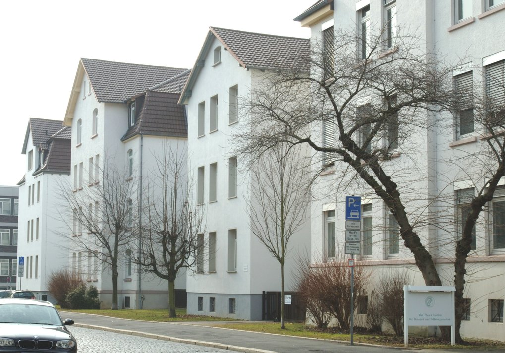 The Scientific Meeting Center of the MPIDS in the Bunsenstraße