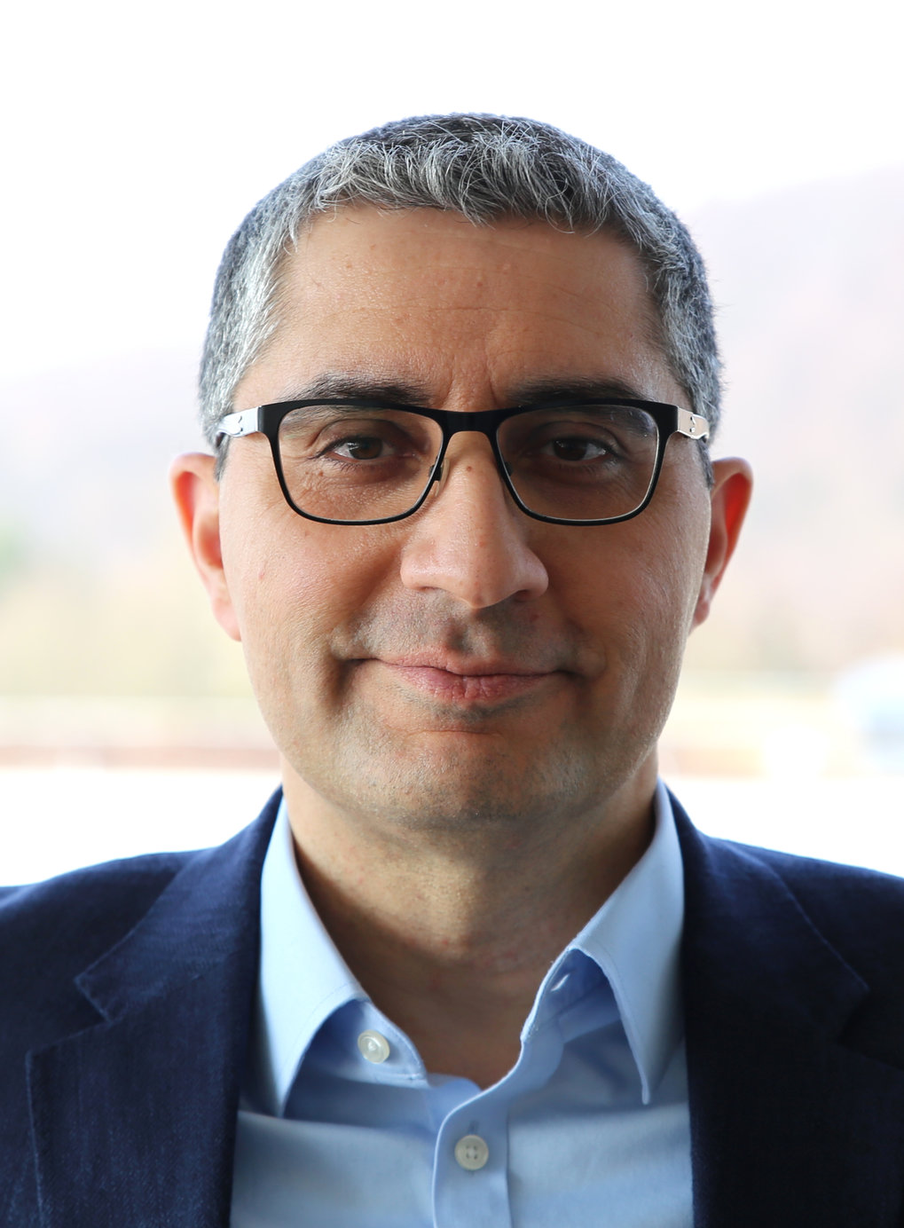 "Ramin Golestanian, newly appointed Director at the Max Planck Institute for Dynamics and Self-Organization gives an interview to the renowned American Physical Society (APS) journal ""Physics"""